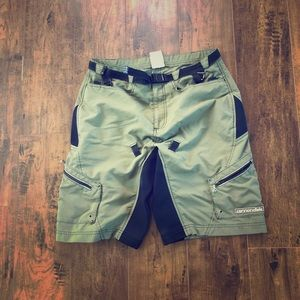 Men's Cannondale loose fit bike cycling shorts
